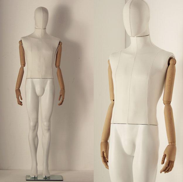manichino-uomo-rivestito-braccia-in-legno