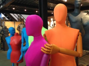 COLORED TAILORING BUSTS